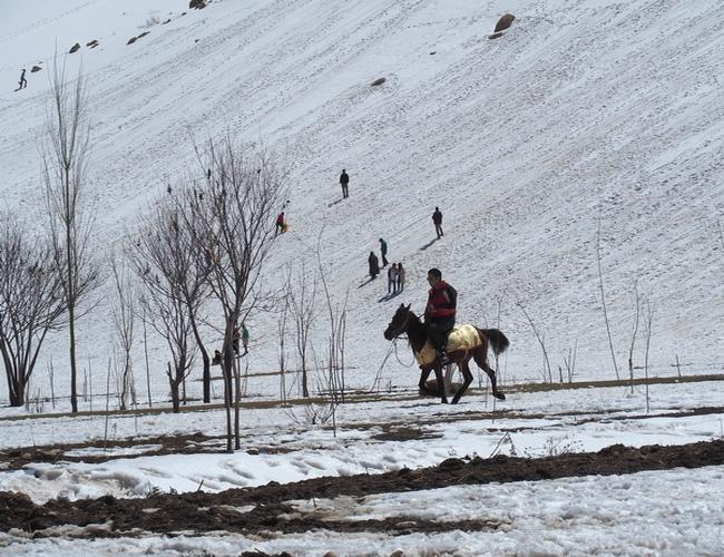 Estación de esquí de Sepidan en Irán, Cuándo viajar a Irán