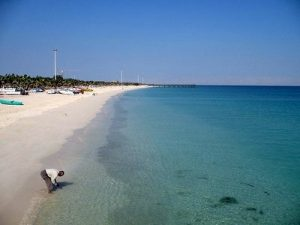 viaje a irán playa